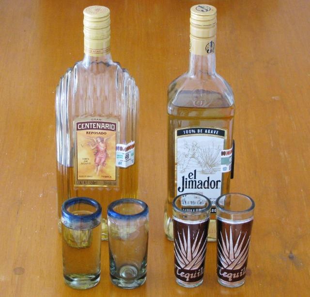 Tequilaa ja lasit